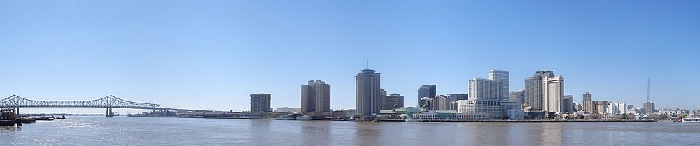 The City of New Orleans & the Mississippi River