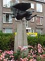 Nijmegen - Sculptuur Icarus van Gerard Bruning op de rotonde Slotemaker de Bruïneweg-Hatertseweg.jpg