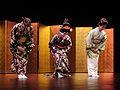 Nobuko Matsumiya, Eiko Hayashi, Fumie Hihara (musée Guimet).jpg
