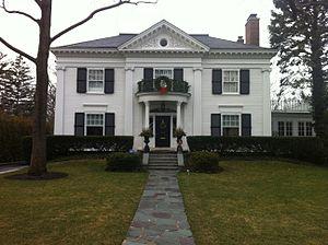 Kenilworth, Illinois - de Coursey O'Grady House