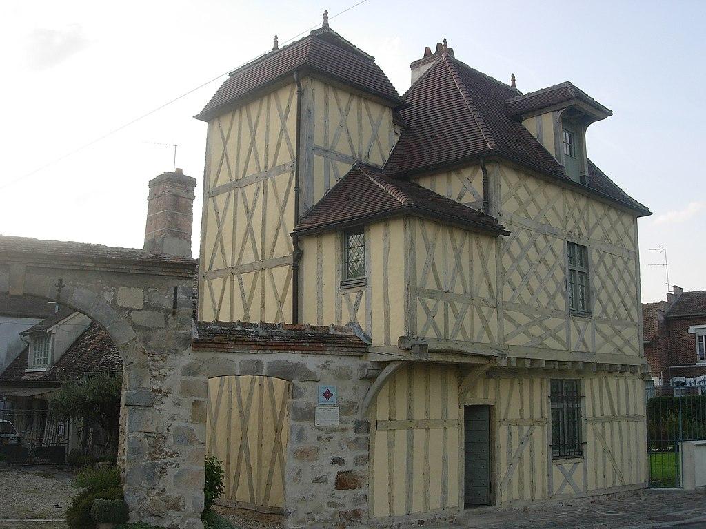 Nogent-sur-Seine Pavillon Henri IV (6).jpg