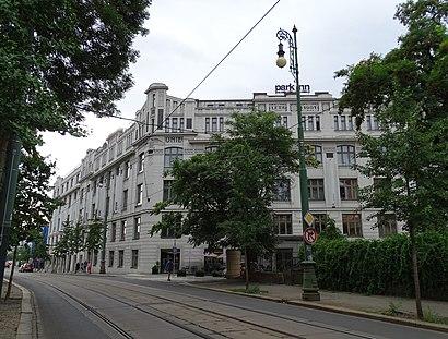 Jak do Park Inn Hotel Prague hromadnou dopravou - O místě