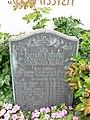 Oberzell Friedhof Gefallenendenkmal 1.jpg