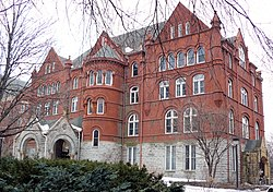 Old Main, Macalester College.JPG
