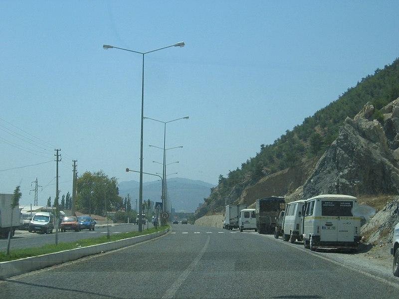 File:Ortaklar - Söke Anayolu 3 - panoramio.jpg