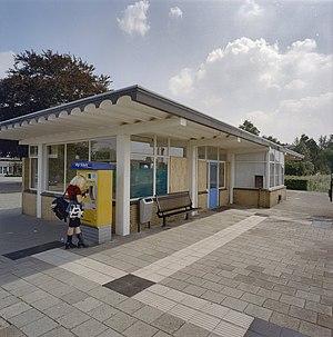 Vierlingsbeek railway station - Image: Overzicht vanaf het perron Vierlingsbeek 20346342 RCE
