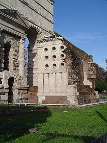 P.Maggiore Tomb.JPG