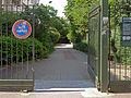 P1260495 Paris XV jardin hopital Vaugirard entree rwk.jpg