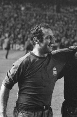 Paco Gento (cropped).png