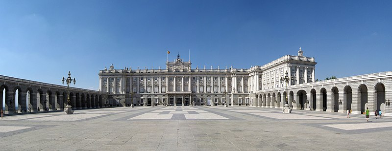 File:Palacio Real Madrid.jpg