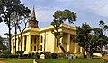Panorama view of St. John's Church (4), Kolkata (cropped).jpg
