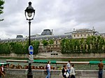 Paris 75006 Street light quai Malaquais 20060526.jpg