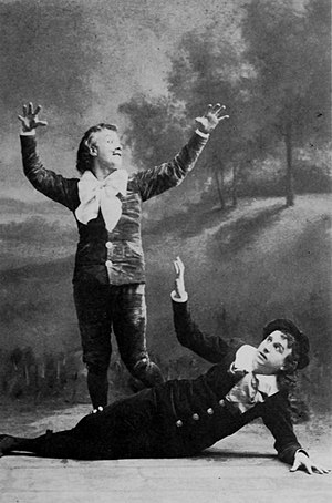 "Walter Passmore - Passmore as Bunthorne ""curses"" Lytton as Grosvenor"