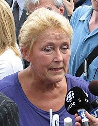 {{fr|La chef du Parti québécois, Pauline Marois.