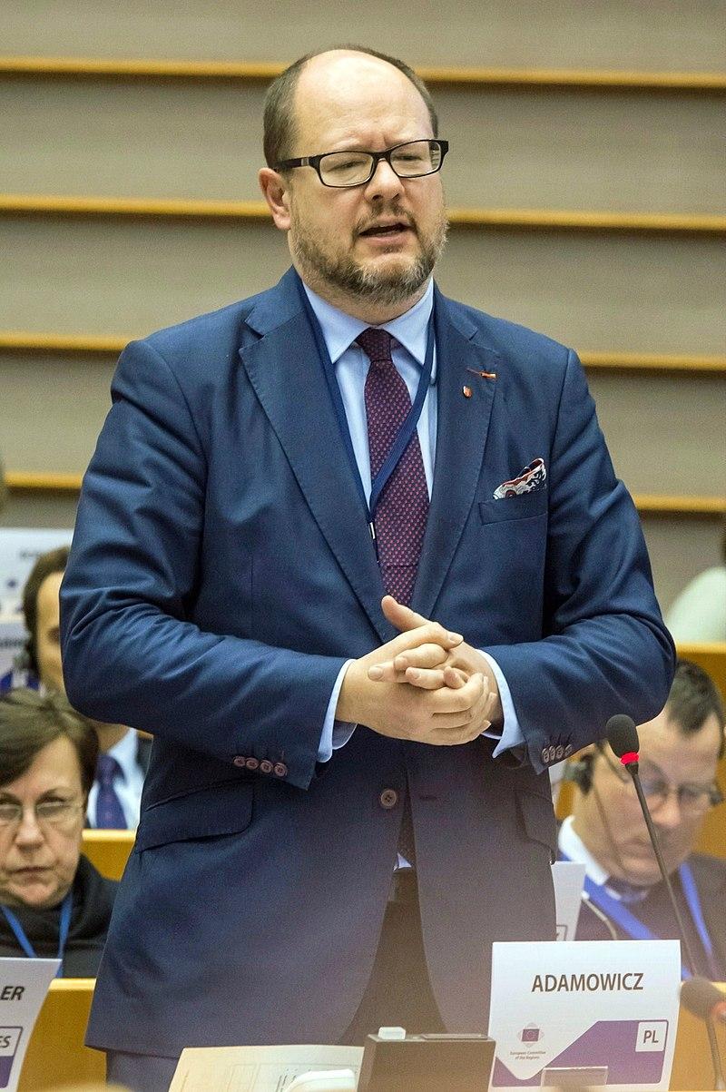 Paweł Adamowicz (2016).JPG