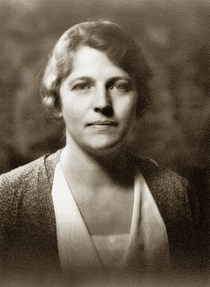 Pearl S. Buck - Pearl Buck in 1932, about the time The Good Earth was published. Photo: Arnold Genthe