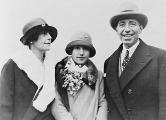 Pierre C. Cartier - Pierre Cartier together with his wife and daughter, 1926