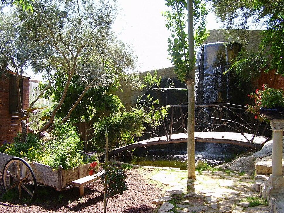 PikiWiki Israel 5034 el-mona garden