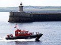 Pilot boat entering the Tyne. - geograph.org.uk - 496667.jpg