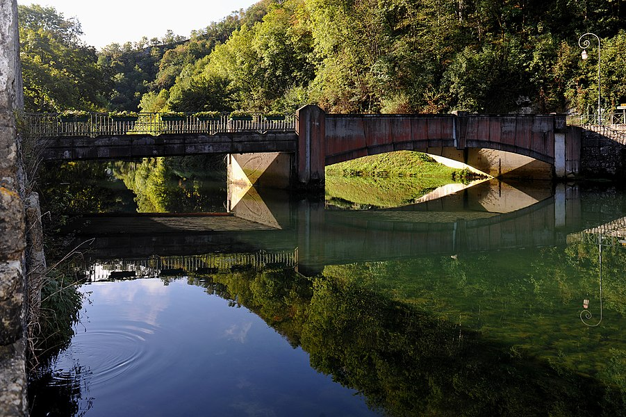 Bridge over the Loue in Lods; Doubs, France.