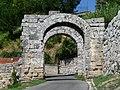 Porta Maggiore detta anche Archi di Casamari - panoramio.jpg