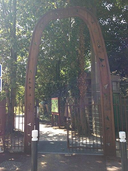 File Porte N u00b01 EcoParc des Carrieres Fontenay sous Bois JPG # Ouverture De Porte Fontenay Sous Bois