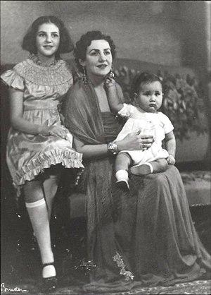 Princess Fahrelnissa Zeid - Princess Zeid with her children Princess Shirin and Prince Raad, Berlin (1937)