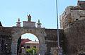 Puerta Castillo, León.jpg