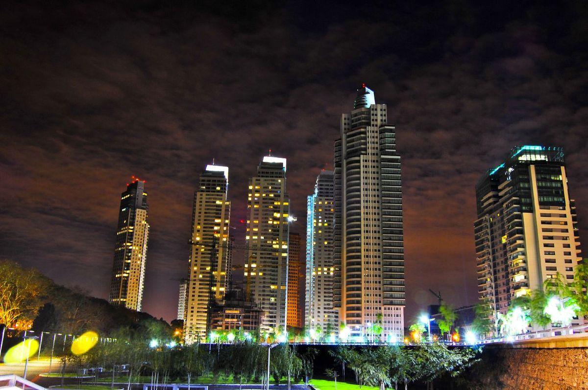Urbanizaci n en argentina wikipedia la enciclopedia libre for Piletas en buenos aires