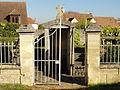 Puiseux-Pontoise (95), caveau de la famille Thomassin.JPG
