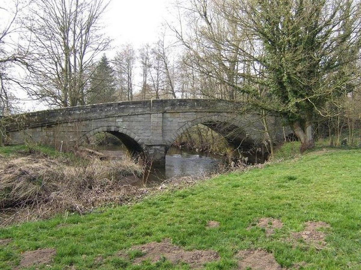 Quixhill Bridge - geograph.org.uk - 1214019.jpg