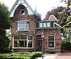 foto van Woonhuis is een in een eclectische stijl opgetrokken villa