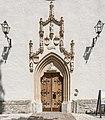 Radovljica Linhartov Trg Pfarrkirche hl Petrus Hauptportal 24062016 2842.jpg