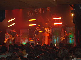 Relient K live in May 2007. Left to right: Jon Schneck, Matt Hoopes, Matt Thiessen, Dave Douglas, John Warne.