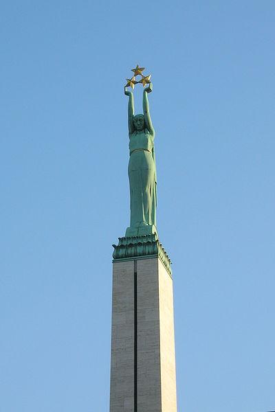 Statue de la liberté à Riga - Photo de Voytek S