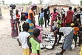 Rijst wordt verdeelt in Senegal in een dorpje.jpg