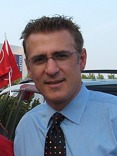 Ron Francis Canadian ice hockey player and general manager