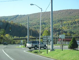 U.S. Route 460 in Virginia - US 460 westbound at SR 61 intersection in Narrows