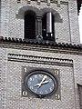Rudná-Dušníky, kostel svatého Jiří, věž s hodinami.jpg