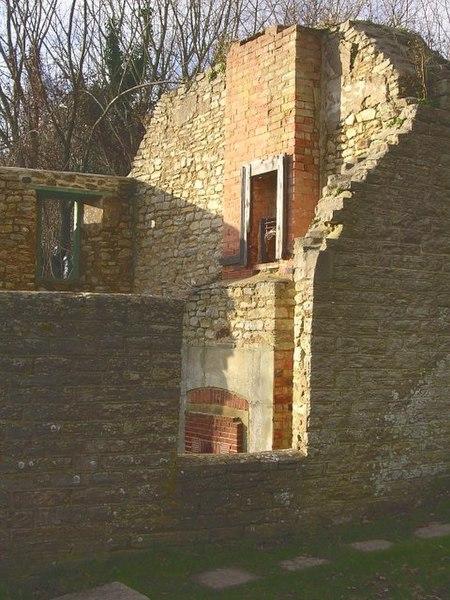 File:Ruined cottage, Tyneham - geograph.org.uk - 319298.jpg