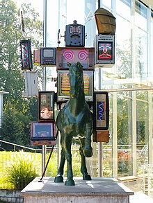 Œuvre de Nam June Paik: Running away from tomorrow