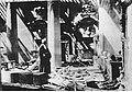 Rzym. Wnętrze zniszczonej kaplicy San Lorenzo (2-2429).jpg