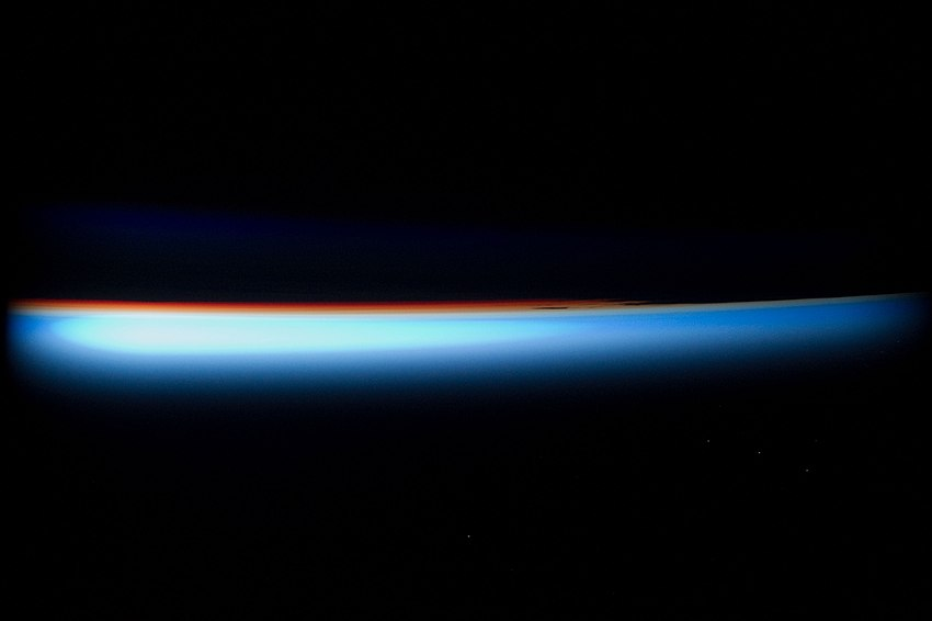 STS132 Atmosphere of Earth.jpg
