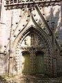 Saint-Herbot 8 Eglise Portail côté ouest.JPG