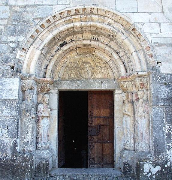 Portal der Kapelle Saint-Just-de-Valcabrère