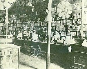 John G. Schwegmann - Schwegmann Brothers Grocery in 1895; John Schwegmann Sr. is second from the left.