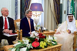 Secretary Kerry, Charge Lenderking Sit With Saudi King Salman Before Bilateral Meeting in Riyadh (16779506244).jpg