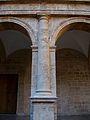 Semicolumna al claustre de sant Miquel dels Reis.JPG