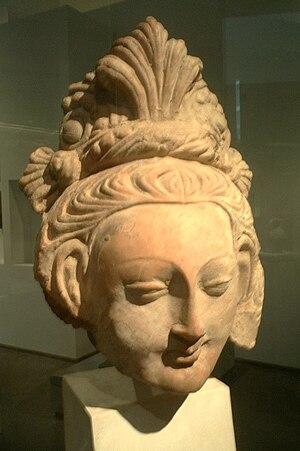 Head of a Bodhisattva, 6th-7th century terracotta, Tumshuq (Xinjiang).