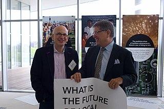 File:Seth Godin and Alberto Ibarguen.jpg - Wikimedia Commons